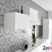 El papel pintado de nuestro salón puesto por nosotros!!!