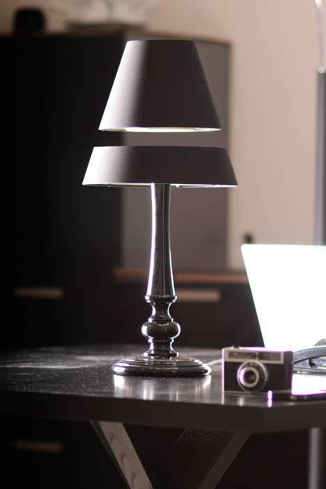 lightlight-silhouette-desk.jpg