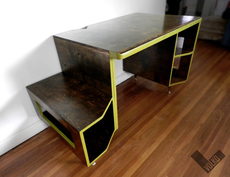 VIKTER Gaming Desk by Tom Balko at Coroflot com Over the past two years we ve been refining my Paragon Desk design  Here is  the latest prototype of the newly re named VIKTER Gaming Desk