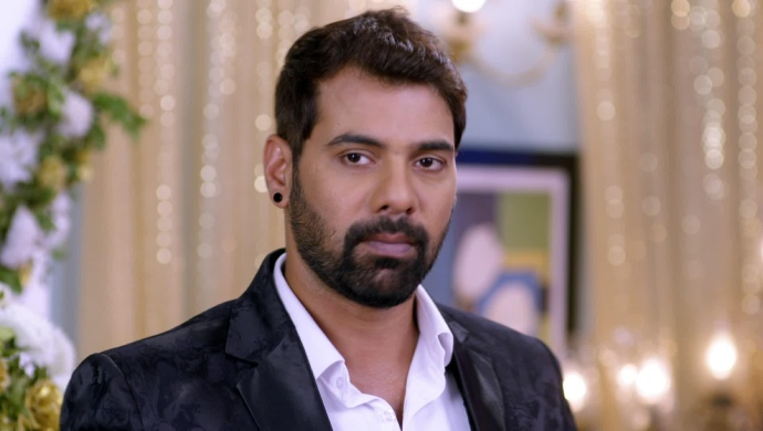 Kumkum Bhagya 13 August 2019 Preview: Abhi Talks About Pragya And Misses Her