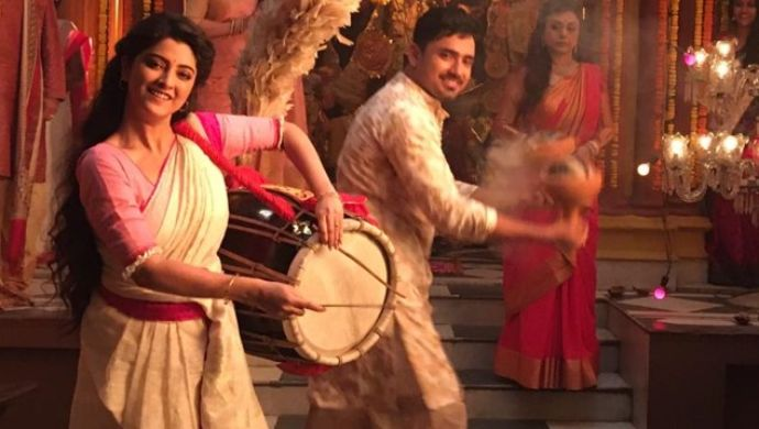 The Upcoming Zee Bangla Serial Jamuna Dhaki Is All About A Woman Who  Becomes A Drummer! - ZEE5 News