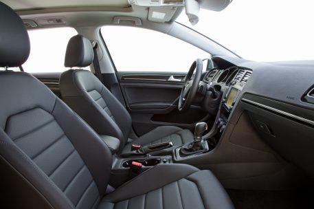 Golf Sportwagen seats
