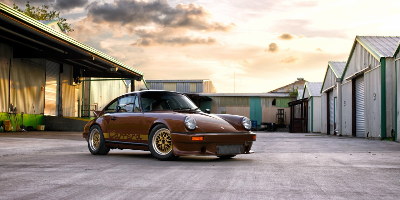Code Brown – 1975 Porsche 911 Carrera