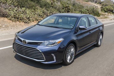 2017 Toyota Avalon Limited Review & Test Drive