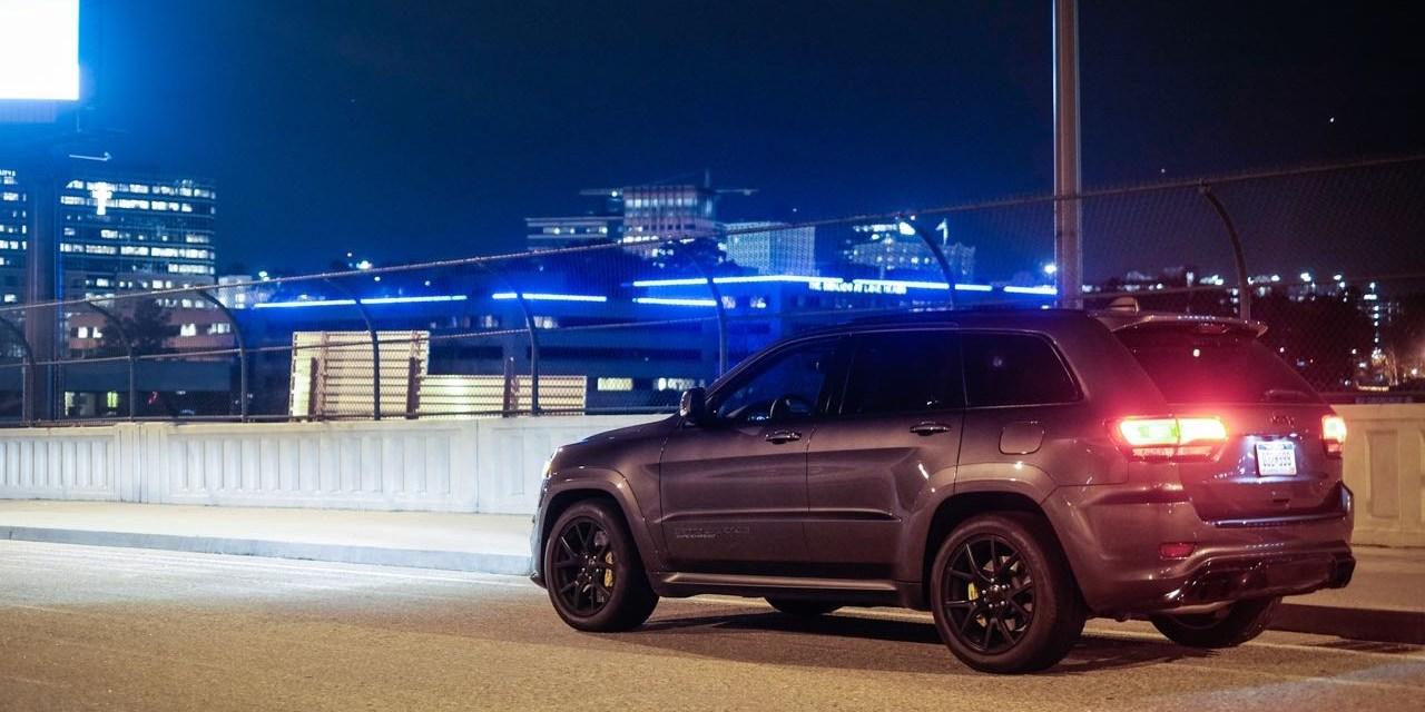 Jeep Grand Cherokee TRACKHAWK review – omg omg omg