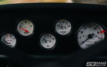 BMW 2002 gauges