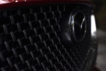 Mazda6 Signature grille