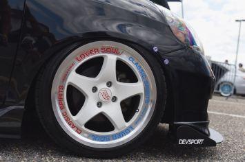 Honda got white wheels