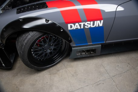 Datsun-240z-S3-Magazine-43