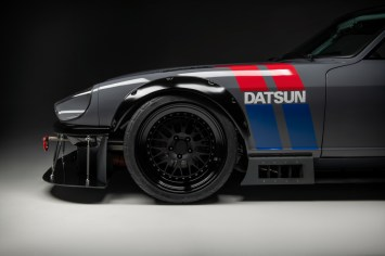 Datsun-240z-S3-Magazine-5