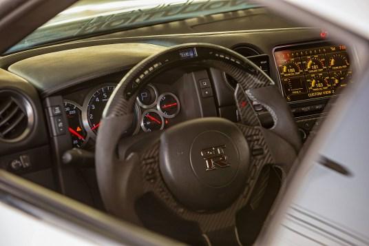 Nissan GTR dash