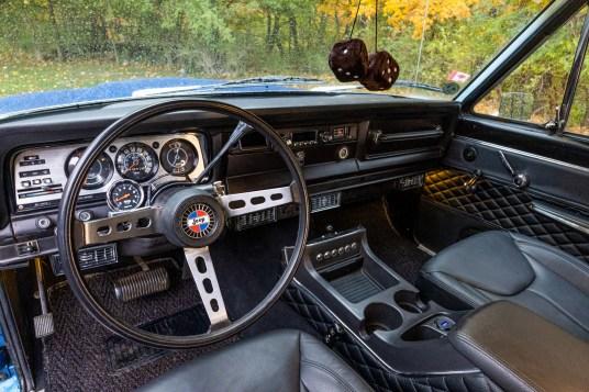 Jeep chief interior