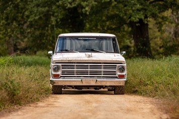 track Ford F100