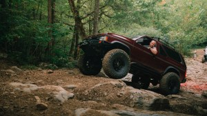 lifted Nissan Pathfinder