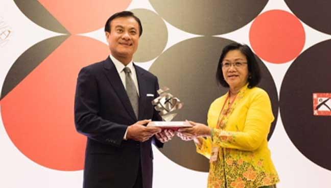 HR-award-1