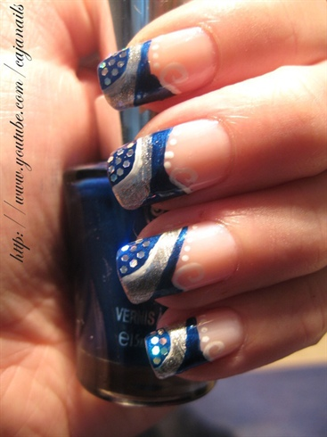 Nailart Abstract Blue Silver New Year