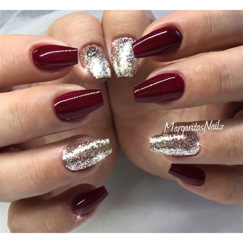 Dark Red And Glitter