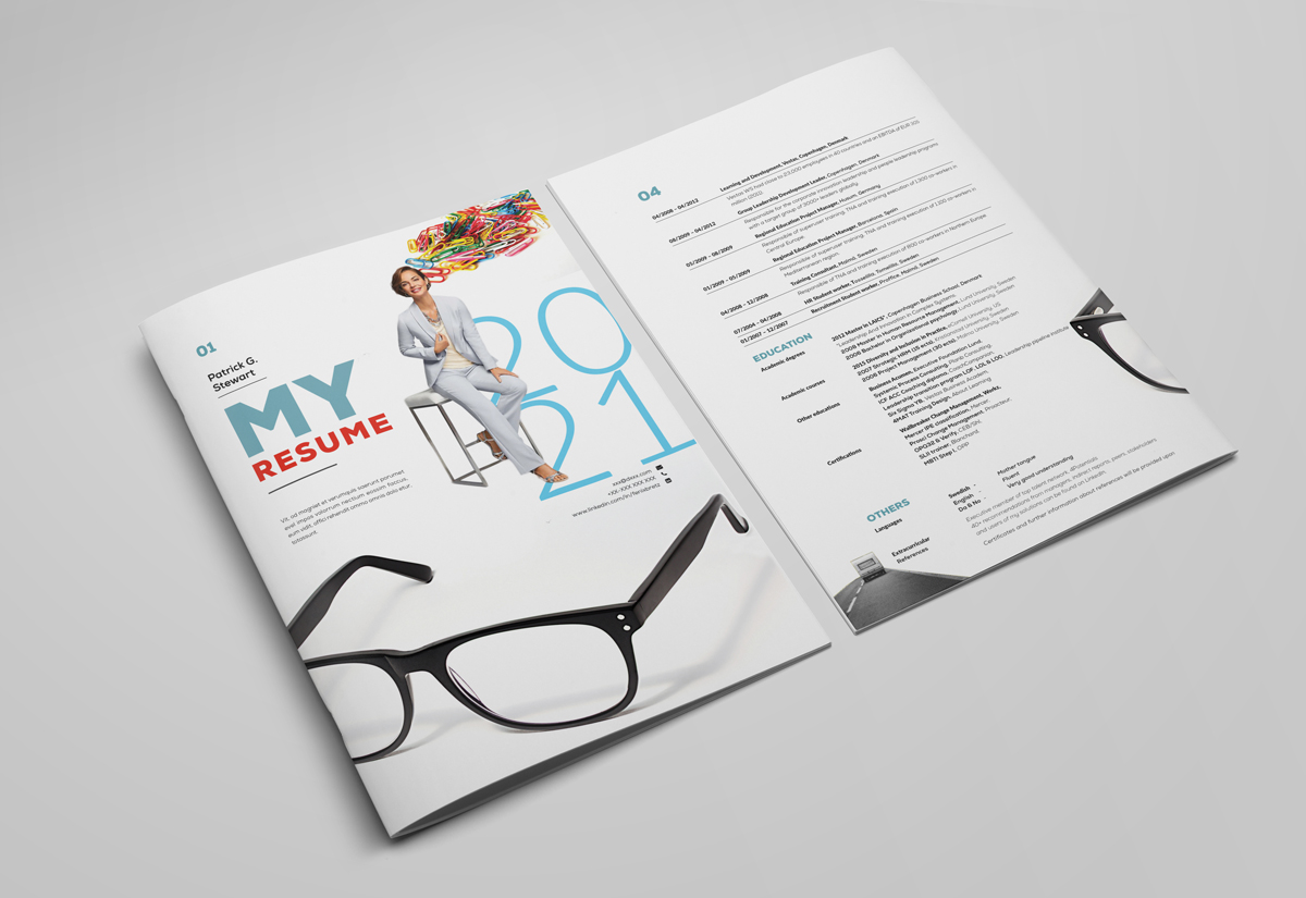 Printable Bi-Fold IndesignResume Template