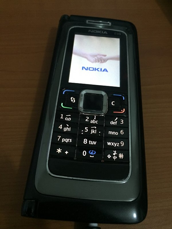 Nokia E90 Black Communicator supermulus original