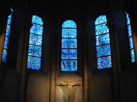 """Résultat de recherche d'images pour """"vitraux bleus"""""""