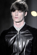 Alexander Mc Queen 2012 mens hairstyle trends www izandrew blogspot com izandrew 2