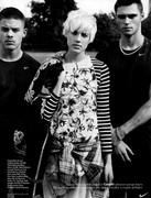 AM VOGUEUK AUG11 02