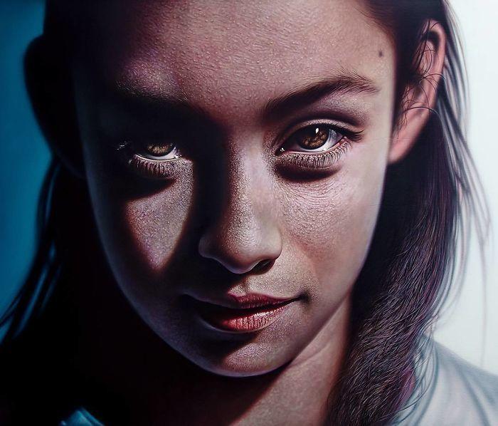 Рисунок или фото: доминиканский художник делает невероятно реалистичные портреты