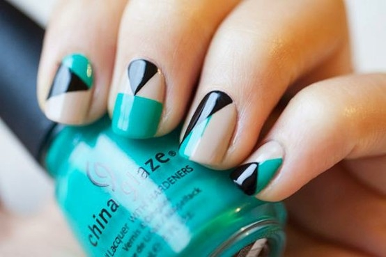 Nail Varnish Styles Beautify Themselves With Sweet Nails