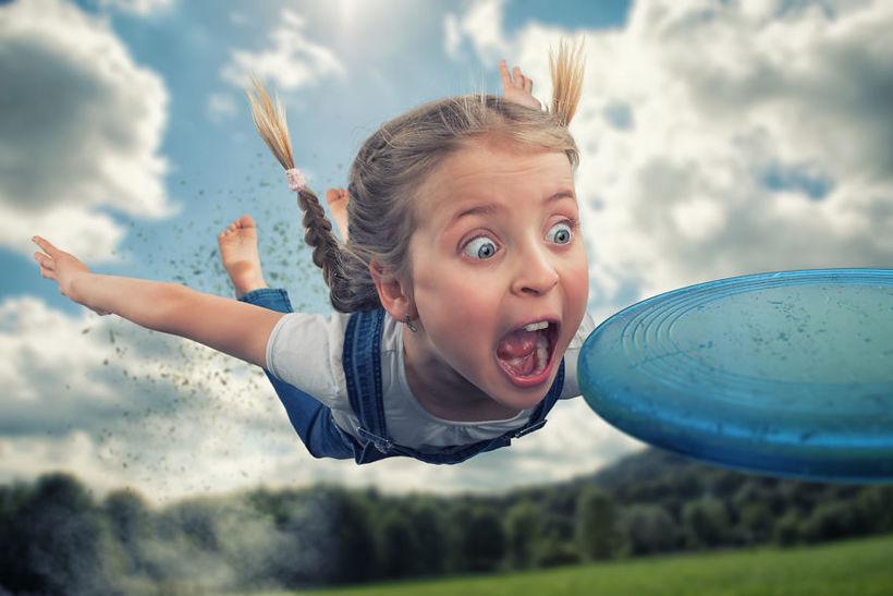 Фотограф из Швейцарии показал всему миру, каково это, когда у вас три дочери