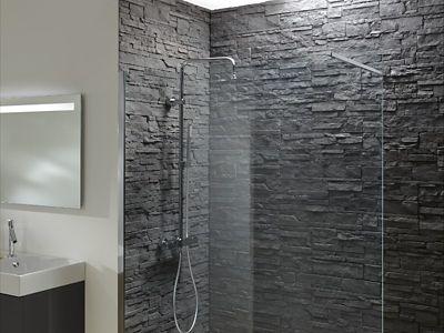 les murs de la salle de bains