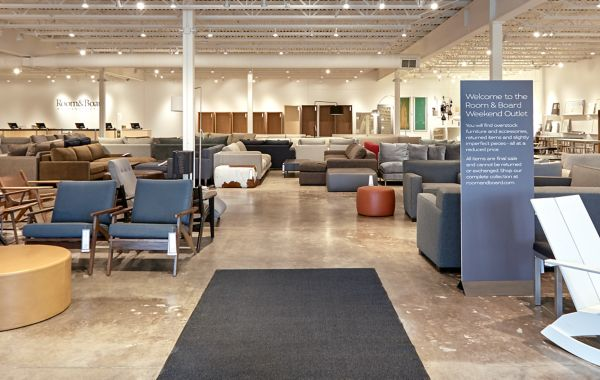 Modern Furniture Outlet Store in Minneapolis   Room   Board Shop This Room