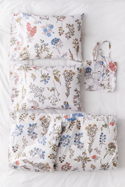 Myla Floral Duvet Set Urban Outfitters