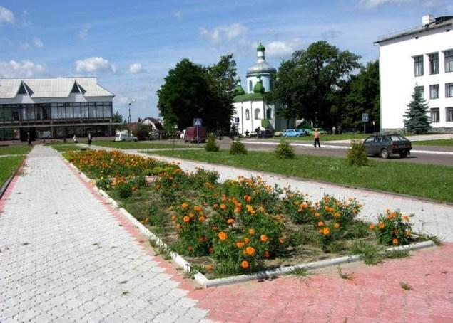 Олевськ. У центрі міста.