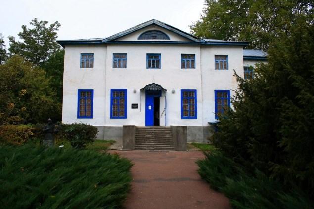 Яготин. Флігель садибного палацу Розумовських, newssky.com.ua