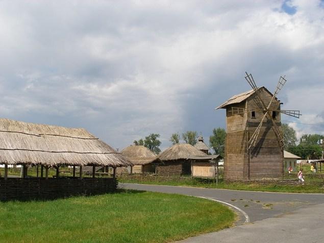 Село Великі Сорочинці Миргородського району Полтавської області.