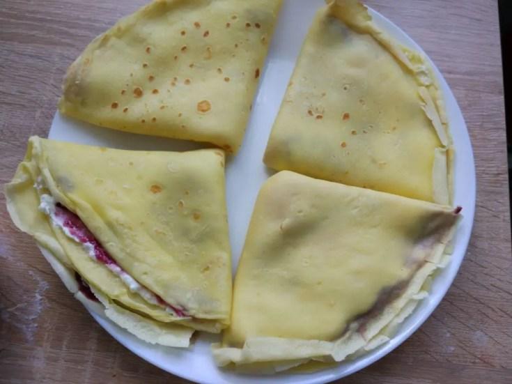, Naleśniki z serem i dżemem