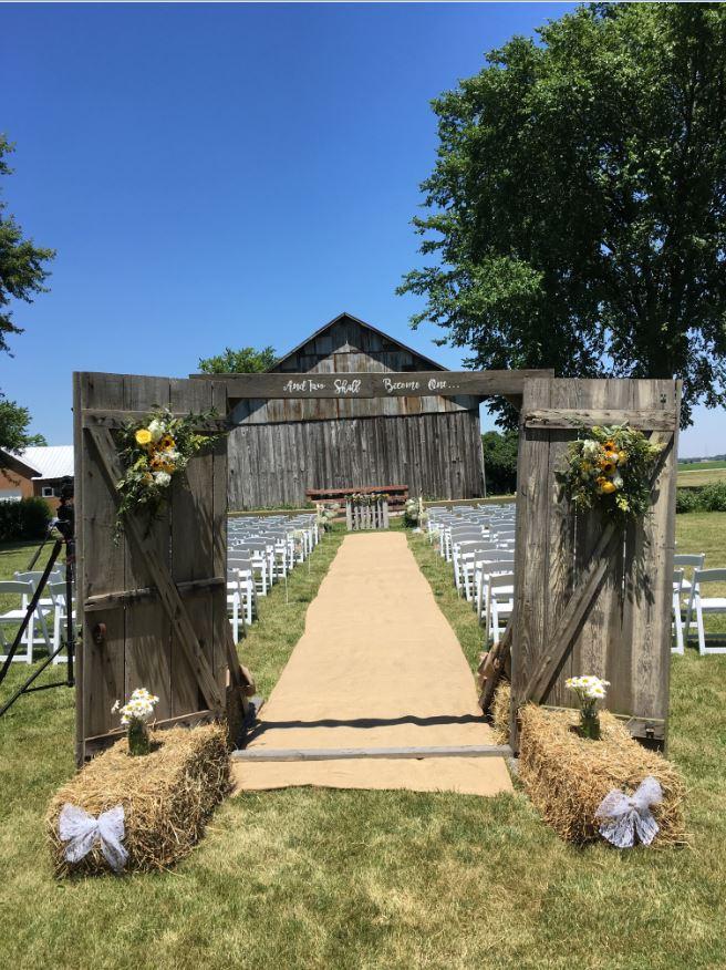 Koelsch Farm Homestead Metamora Oh Rustic Wedding Guide