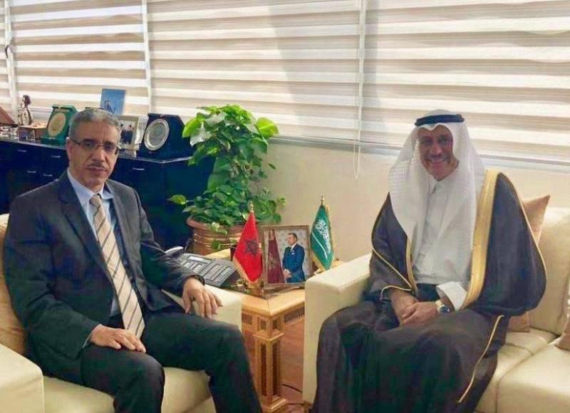 سفير خادم الحرمين الشريفين لدى المغرب يلتقي وزير الطاقة المغربي
