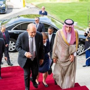 الجبير يبحث مع وزير الخارجية الفرنسي أخر المستجدات الإقليمية والدولية