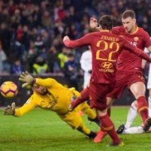روما يفوز على ميلان في الجولة التاسعة من الدوري الإيطالي
