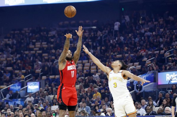 NBA: Long-range Rockets too powerful for Warriors