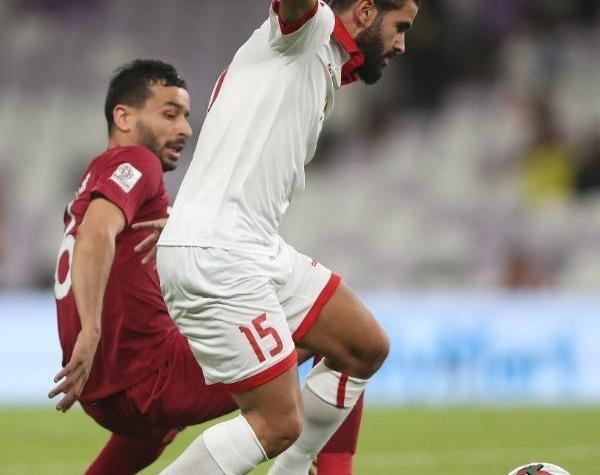 كأس امم اسيا: قطر تهزم  لبنان بهدفين نظيفين 1