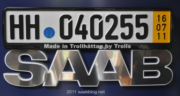 "Saab Nummernschildhalter ""Made in Trollhättan by Trolls"""