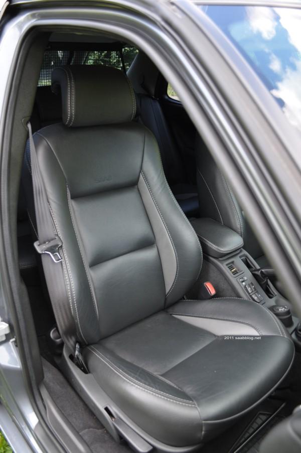 "Saab 9-5 2.3t Vector Biopower, ""Aniversário"" Bi-Color Leather"
