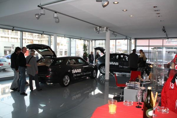 El nuevo automóvil deportivo Saab 9-5 y el Saab 9-4x en Salzburgo