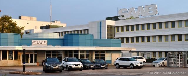 All'ingresso principale, Saab 9-5 e Saab 9-4x