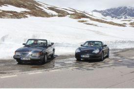 Saab e Porsche in viaggio verso l'Italia. Immagine di Otto