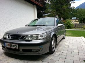 Saab 9 5 Aero 2001. Immagine di Johann.