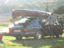 Saab 900 Turbo en la luz de fondo. Foto de Torsten
