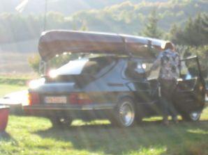 Saab 900 Turbo im Gegenlicht. Foto von Torsten